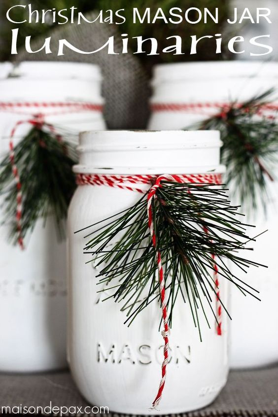 DIY mason jar luminaries - adorable and easy Christmas decorations or holiday decor via maisondepax.com