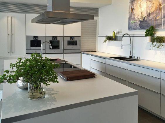 White Poggenpohl kitchen in Sweden
