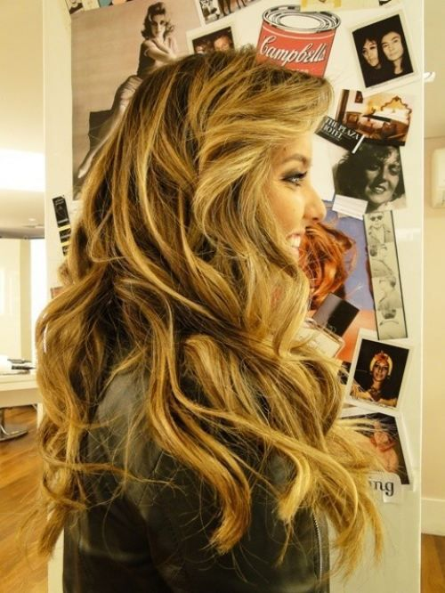 Absolutely beautiful. if only my hair was this thick and long.