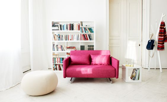 A pop of pink = fabulous!: