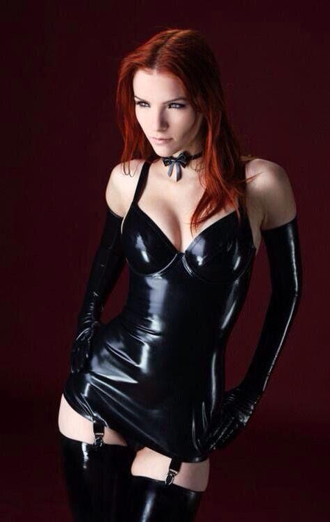 Ulya #RoleplayCostumes #TopBoobs #SexyRedHeadModels #HotSexyModels