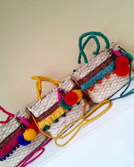 Bolsas de palha customizadas são tendência para o verão! | Juliana Thomé
