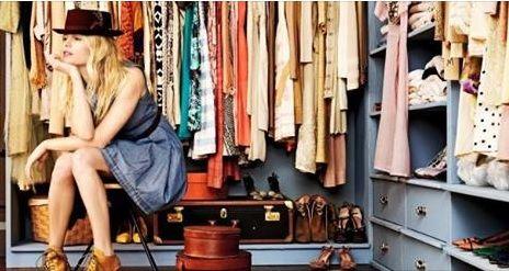 Vestiti??? Non ne avrete mai abbastanza!!! Fate ordine nel vostro armadio e passate a trovarci per rinnovare il vostro look!!! https://lnkd.in/dtmvg_Z  #Fashion #Style #Clothing #Women #Outfit #DressesForWomen #moda