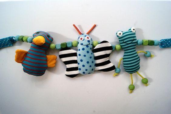 Kinderwagenkette aus Stoff Schmetterling, Ente und Frosch