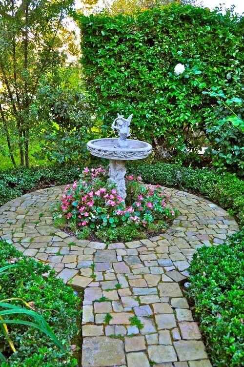 46 Splashy Bird Baths Home Stratosphere Bird Baths Sometimes Have Little Adornments Attached Some Ha Bird Bath Garden Rose Garden Design Easy Landscaping