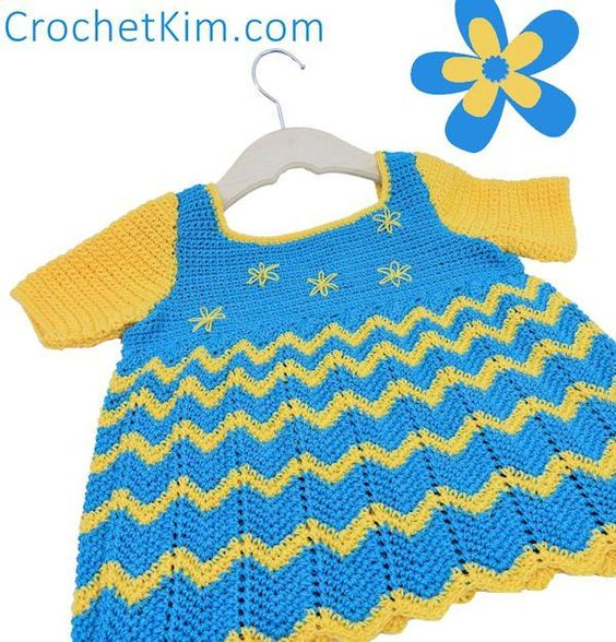 Free Crochet Pattern | Lazy Daisy Baby Top in 12 month or 18 month sizes on @crochetkim ༺✿ƬⱤღ  https://www.pinterest.com/teretegui/✿༻