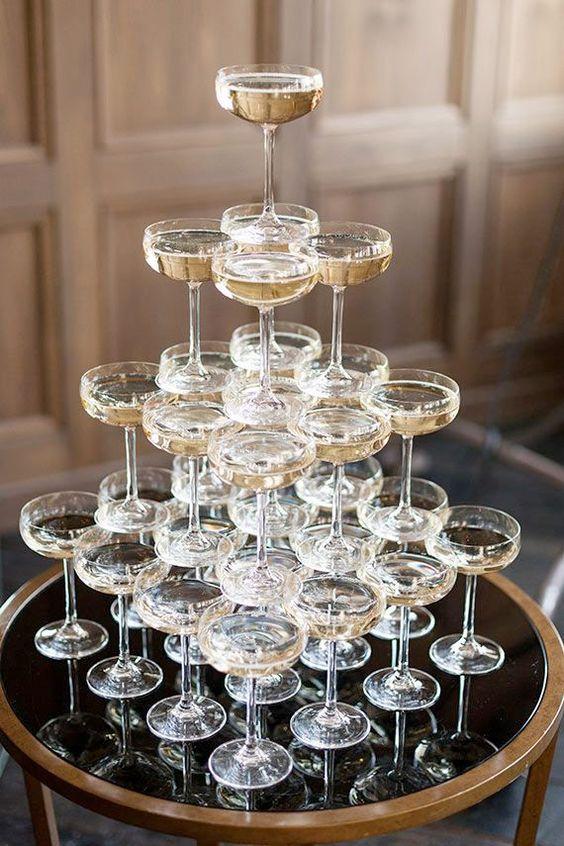 Så gör du ett champagnetorn till nyår - Sköna hem