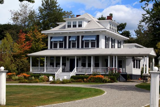 Maine Companion will help you to find the right homes for sale in USA, Maine Real Estate. We'll provide you the names of agents best suited to help you find it. Call us @  207-218-4000.