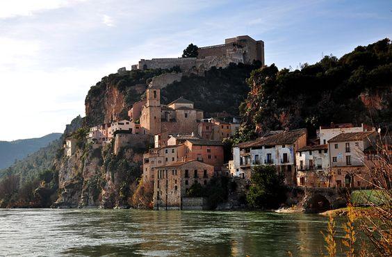 Miravet, Spain / mamasaidbecool.pl