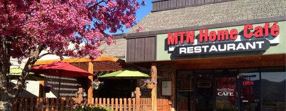 Mountain Home Cafe, Estes Park, Co. | Compact, low-key eatery fixing up breakfast favorites & sandwiches, plus homestyle American mains. #beenthere2014