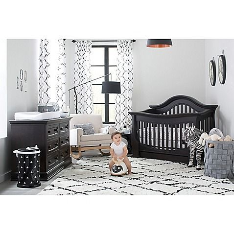 Babies Are Drawn To Graphic Prints And High Contrast Colors For A Balance Pair Black And White Textiles A In 2020 Black Crib Nursery Baby Boy Room Nursery Black Crib