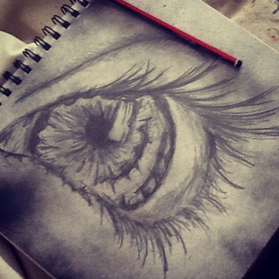 I see you. Just a little draw that i did at 8 in morning after just waking up. I enjoyed doing this because of the paper. Weeks ago I pray painted the paper and I saved it.