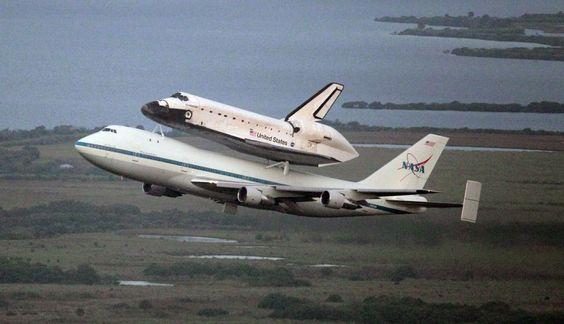 FOTOS: el Endeavour llegó a Houston en el primer tramo de su viaje final