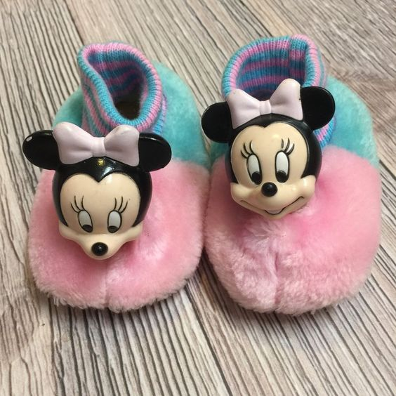 Vtg Minnie Mouse Slipper Baby Toddler 1984 80s Pastel 3D Disney Rare Pink Aqua…