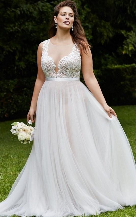 pretty-plus-size-wedding-dress-2016-watters-wtoo- the best photos