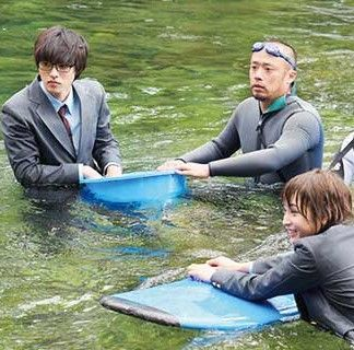 "Kento Yamazaki x Suzu Hirose,  BTS, J LA movie "" Shigatsu wa kimi no uso (your lie in April)"". Release: Sep/10/2016"