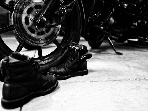 Broken Homme – James Boot