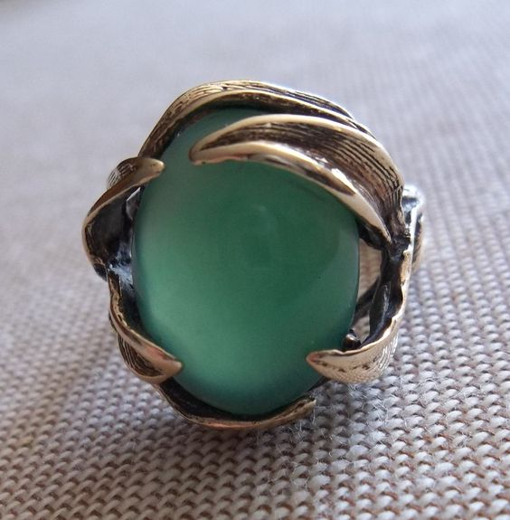 Very Rare 10K GOLD RING With Vintage APPLE GREEN JADE Translucent