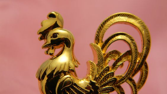 Rooster vintage gold brooch red glass eye by VogelHausVintage, $6.00