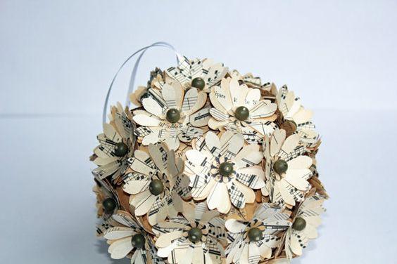 Music Note Paper Flower Bouquet: Flower Crafts, Paper Flower Bouquets, Paper Flowers, Note Paper, Music Notes