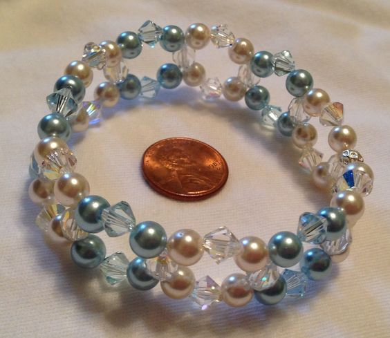 Blue/white cuff stretch bracelet with glass pearls and Swarvoski crystals $35