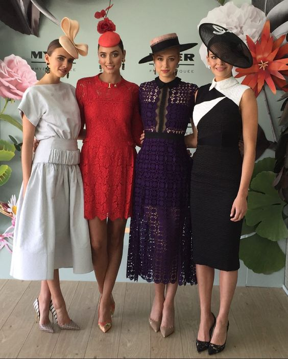 Earlier today launching the @Myer marquee with my favourites @tessshanahan @philippagleeson @sylvie_goetz @cassiehancock_ #findracing by kate_gaskin