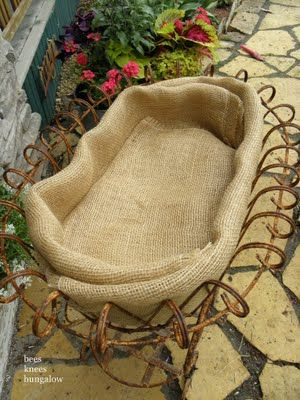use burlap to hold in soil (instead of those stiff coconut husk liners) what a fabulous idea.