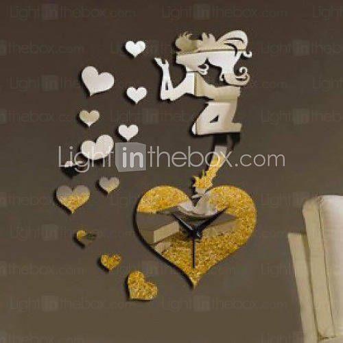 Relógio de parede coração.