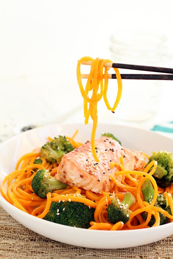 Butternut Squash Soba Noodles with Sesame Broccoli and Baked Salmon #paleo