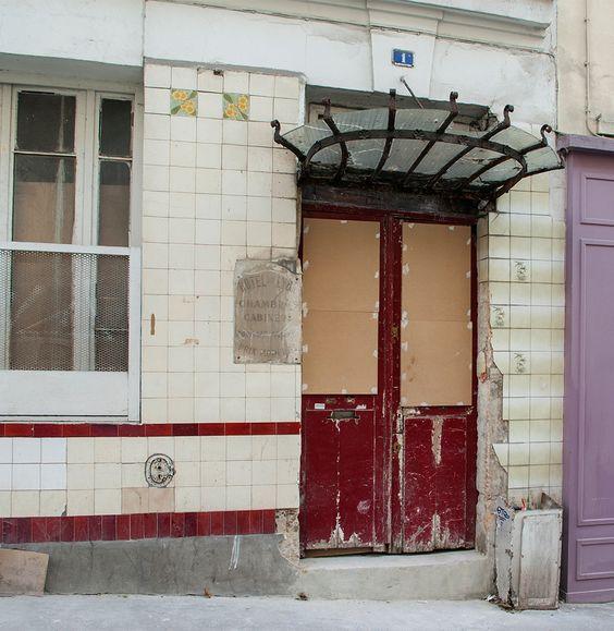 Rue Jouye-Rouve, Paris 20e. Décembre 2015. Retrouvez également Pixdar sur Instagram.