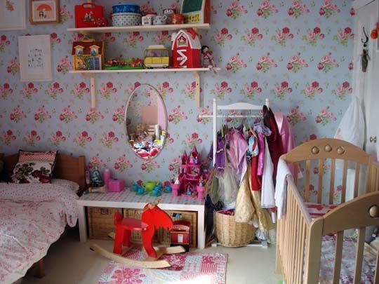 lived in floral by baby space interiors, via Flickr