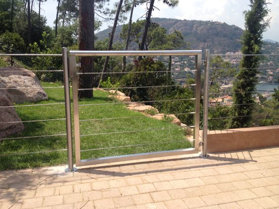 Garde corps inox avec portillon int gr patio cour ext for Portillon exterieur jardin