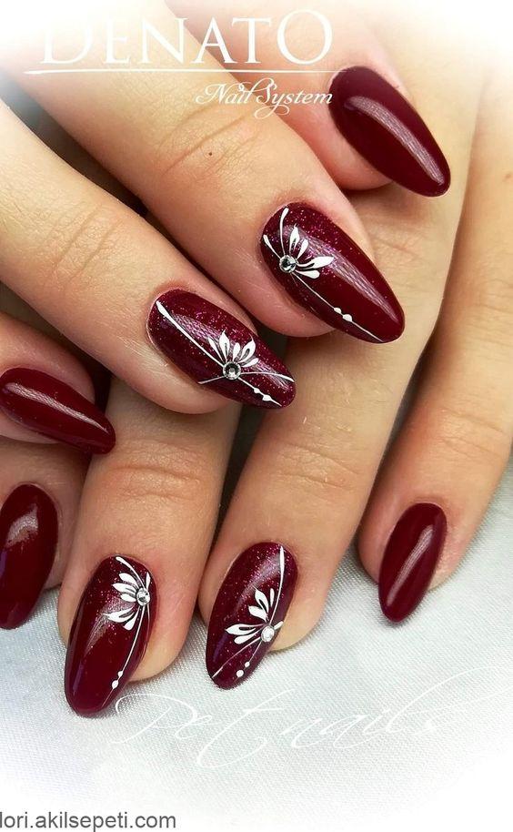 Belle Unghie Ancora Meglio Per Natale Migliore Unghie Bello Bello Bianco Ancora Belle Bello Bright Nail Designs Burgundy Nails Nail Designs
