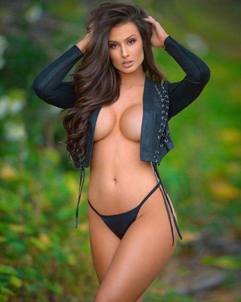 Sexy female models naked
