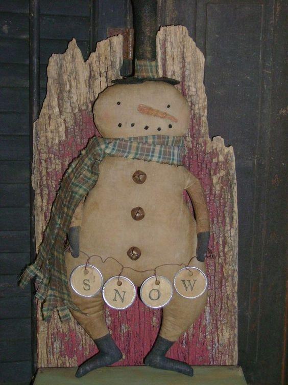 "Primitive 15"" Christmas Winter Snowman Doll ~ Ro's Cluttered Attic #Primitive #RosClutteredAttic"