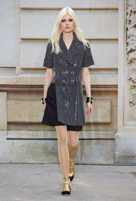 Looks from the Spring-summer 2015 Ready-to-wear show - CHANEL