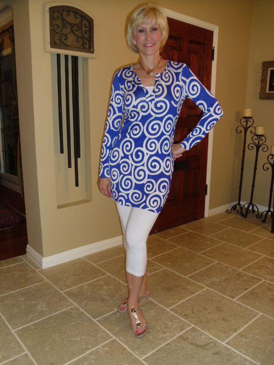 Legging Fashion Tips For Women Over 40: Leggings are the ...