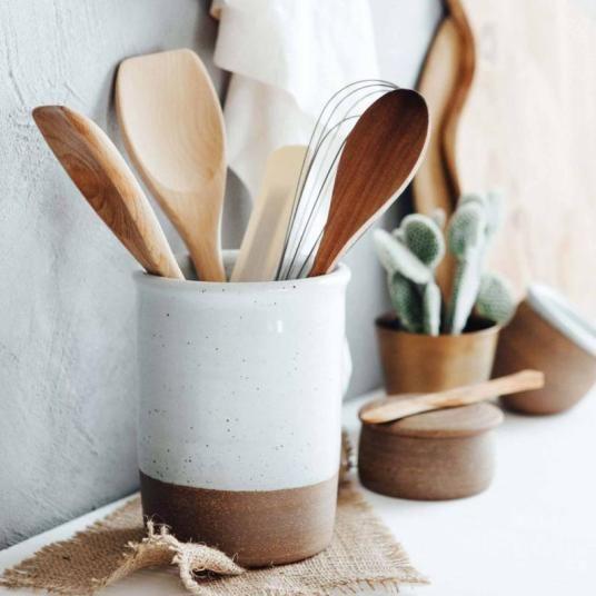 Cuisine Accessoire Rangement Pot Ustensile Ceramique Artisanat Jessica Venancio 2 Ustensile Cuisine Objet Deco Cuisine Vaisselle En Ceramique