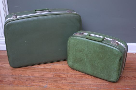 Vintage Suitcase ~ pair $99 ~ no. 14091 ~ (we ship out-of-state)