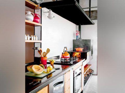 Que tal aproveitar o começo do ano para organizar a cozinha e colocar cada coisa em seu lugar?
