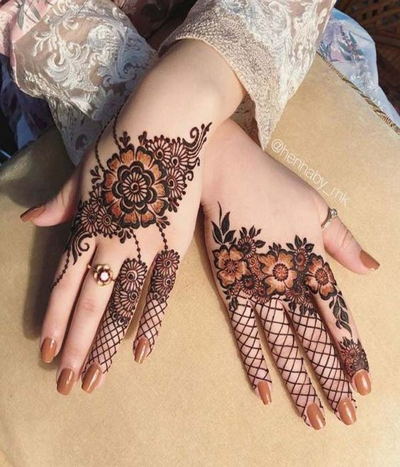 stylish latest mehndi design henna