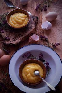 En tu recetario de repostería no puede faltar la receta de la crema pastelera porque las va a usar para hacer aún más ricos muchos dulces.