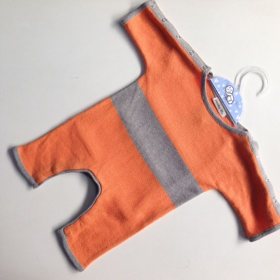 carinho em tricot para bebês de RN até 18 meses catálogos disponíveis www.varaldetalentos.blogspot.com