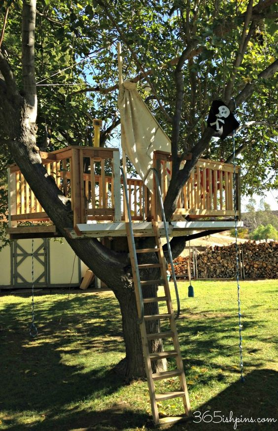 Pirate Ship Tree House: Pirate Party: Vol. 2, Day 37 from 365ish Days of Pinterest