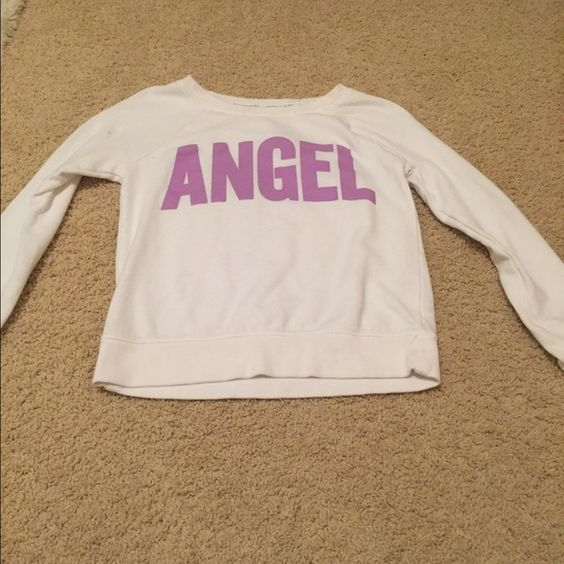 Women's Crewneck Sweatshirt Worn 1x, looks super cute, would be willing to drop price if interested. PINK Victoria's Secret Tops Sweatshirts & Hoodies