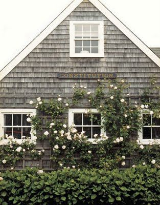 House Beautiful - Classic Nantucket Fisherman's Cottage. Photograph by Christopher Baker.: