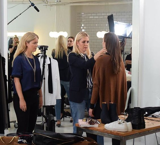 Picture from yesterday's shoot with @sakerstil and styling for AW16, styled by them! ☝🏻️ Swedish followers, don't forget to listen to their podcast where they give you great inspiration and styling tips! ❤️👌🏻 #elloswomen #sakerstil #aw16 #säkerstilpodden