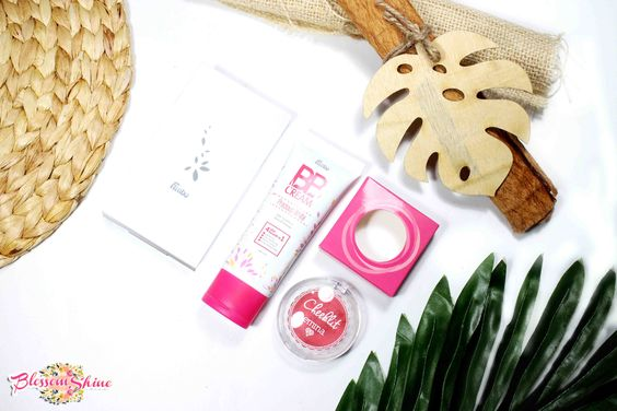 L-R: Fanbo Two Way Cake, BB Cream Fanbo Cosmetic, Emina Cheeklit Blush in Cotton Candy