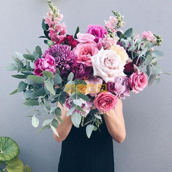 اجمل صور بوكيه ورد لاعياد الميلاد وللأحبه موقع مصري Flower Bouquet Wedding Amazing Flowers Valentines Flowers