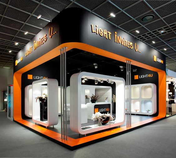 Exhibition Stand Contractors Germany : Stand from the inside building at light